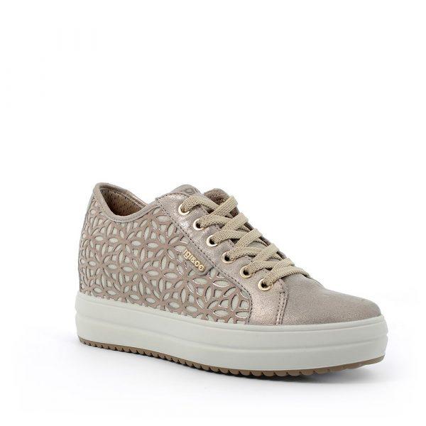 IGI&CO – Sneakers beige con zeppa interna e decorazione floreale laterale