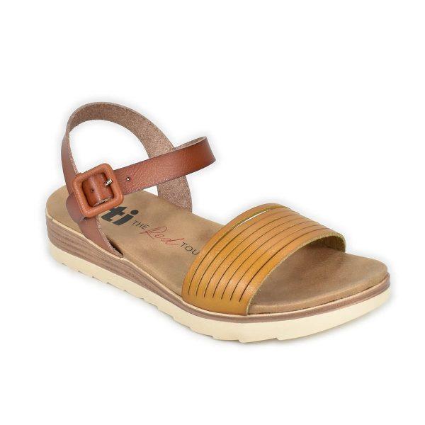 Xti – Sandali in tonalità di marrone con fascia anteriore intagliata
