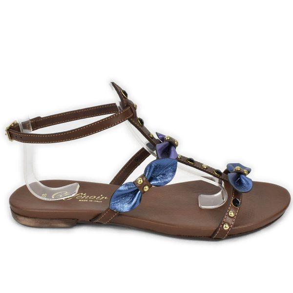 CafèNoir – Sandali bassi marroni blu e viola con strass e borchie