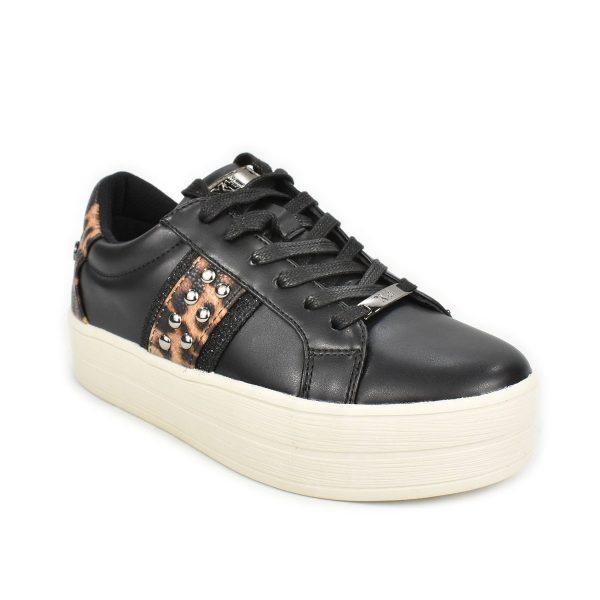 Sneakers nera con dettagli leopardati e suola a zeppa – XTI 44688