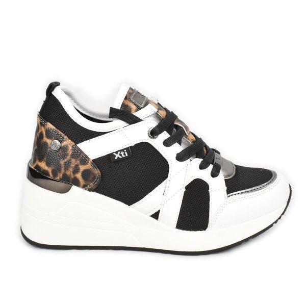 Sneakers nera e bianca con dettagli leopardati – XTI 44567
