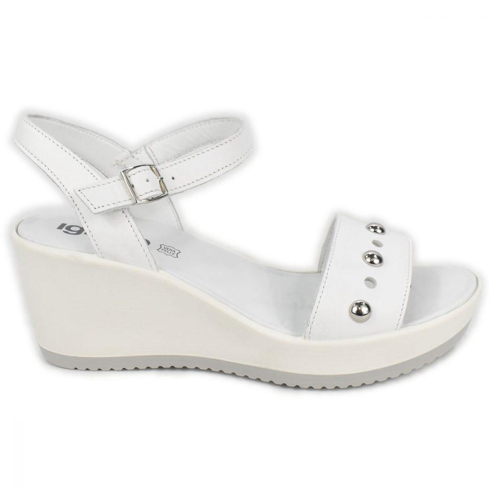 Sandali bianchi con zeppa e borchie - IGI&CO 3174211