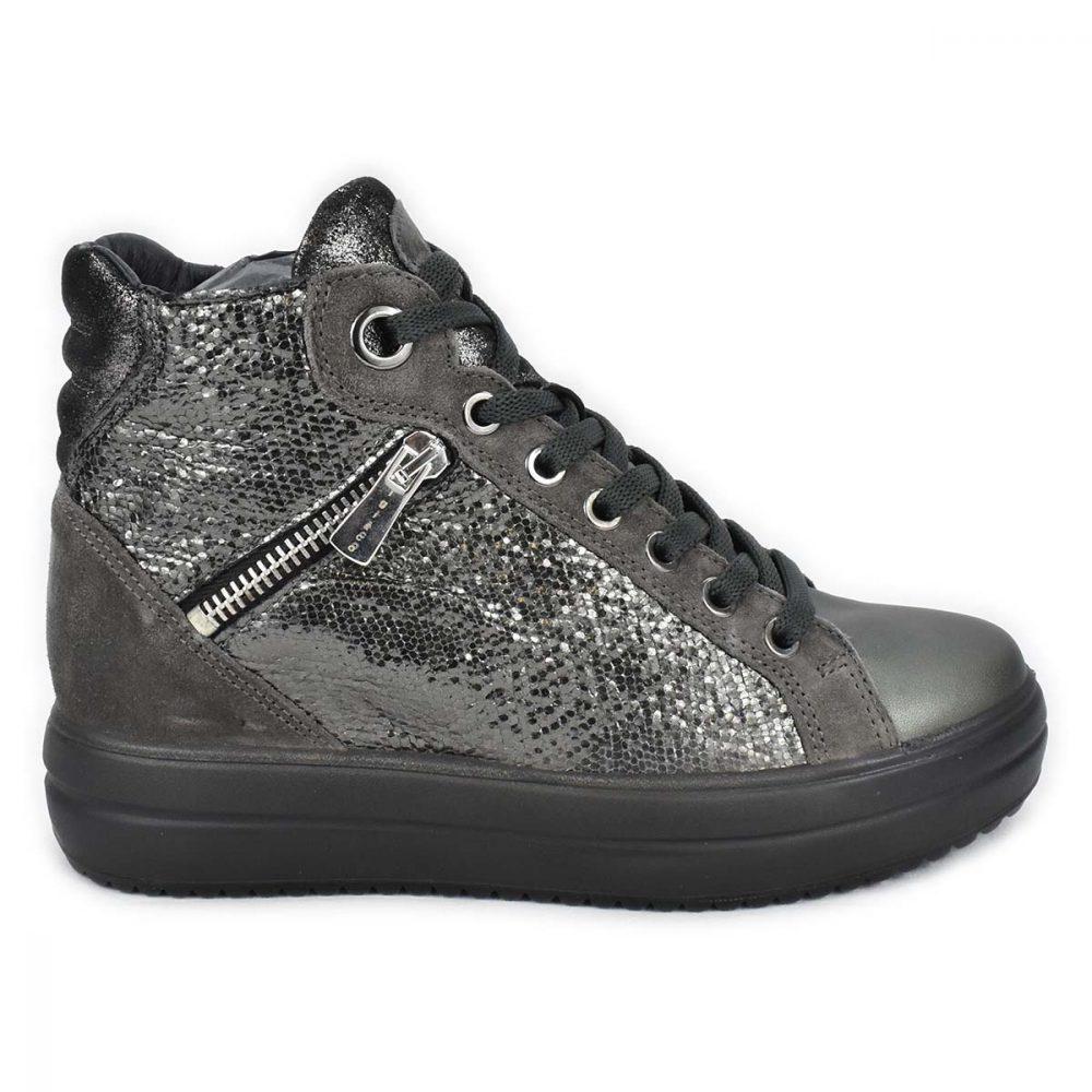 Sneakers alta grigia laminata con zeppa interna - IGI&CO 6155633