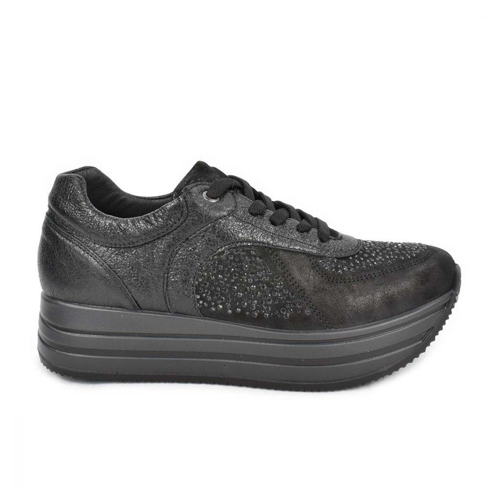Sneakers nera da donna in pelle nera con strass e suola a zeppa - IGI&CO 2146400