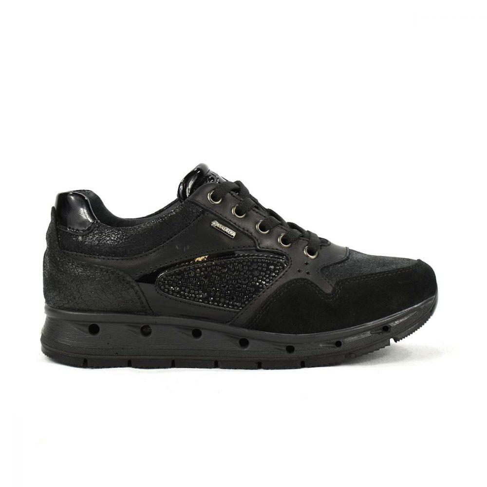 Sneakers in Gore-Tex nera in pelle e scamosciato con strass - IGI&CO 87641/00